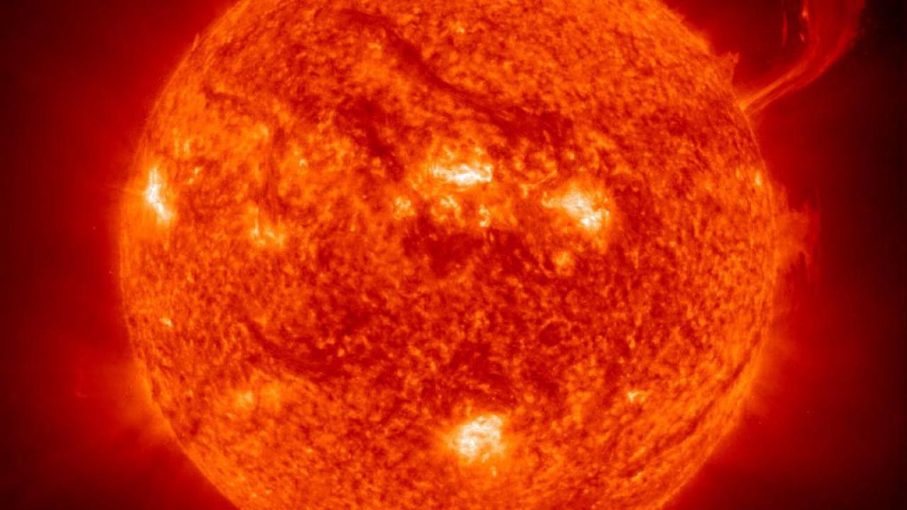 the-sun-wallpaper (1)
